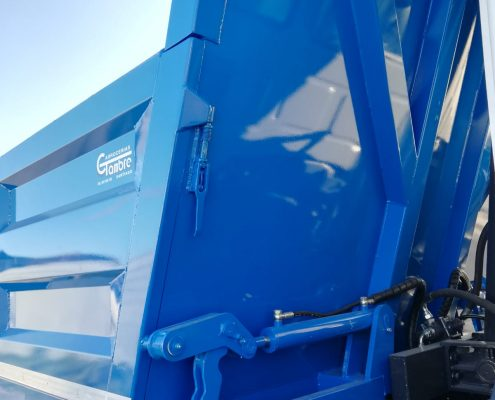 Caja camión con laterales abatibles | Carrocerías Tambre