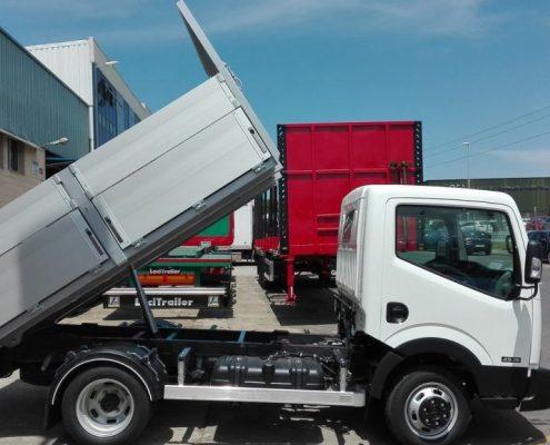 Carrocerías Tambre- Carrocerías bascualnte de caja abierta para vehículos de 3.500 kg