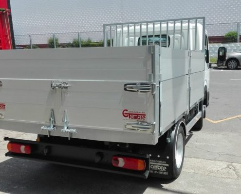 Carrocerías Tambre- Fabricación de carrocerías basculantes abiertas para camiones.